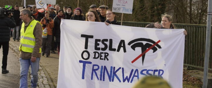 Handelsblatt: Anhörung zu Tesla-Werk wegen Corona abgesagt – Kritik von den Grünen
